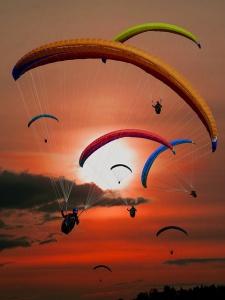 paraglider-plachteni-vzduchem